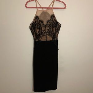 ELEGANT TOPSHOP BLACK LACE DRESS